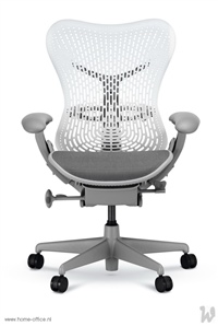 22 HermanMiller Mirra