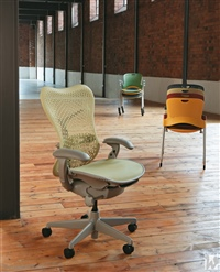 27 HermanMiller Mirra